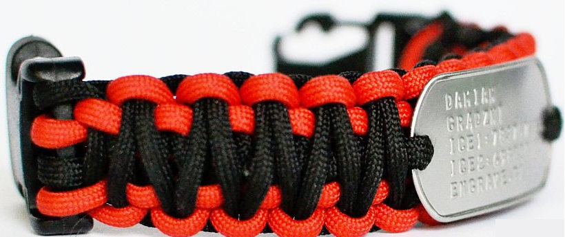 Paracord bracelet Dog Tag